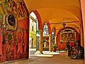 Dozza - Scorcio centro storico con i muri dipinti.jpg
