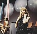 Duitse zangeres Hildegard Knef maakt TV opnamen, Bestanddeelnr 254-8435.jpg