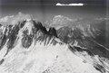 ETH-BIB-Aiguille Verte, Les Drus, Mont Blanc v. N. aus 4000 m-Inlandflüge-LBS MH01-005767.tif