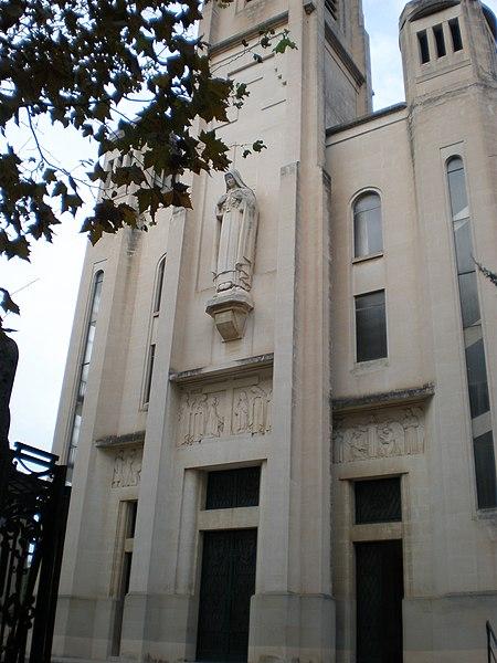 File:Eglise Sainte-Thérèse.JPG