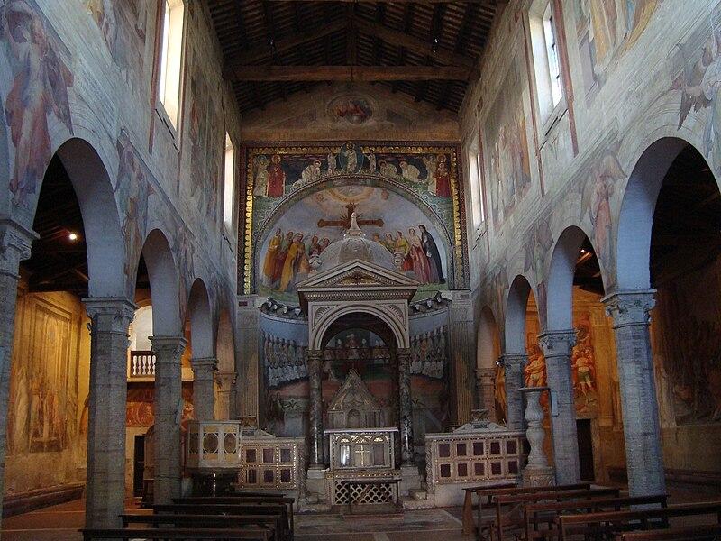 http://upload.wikimedia.org/wikipedia/commons/thumb/b/b9/Eglise_Santi_Nereo_e_Achilleo_int%C3%A9rieur.JPG/800px-Eglise_Santi_Nereo_e_Achilleo_int%C3%A9rieur.JPG