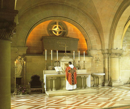 Empress Eugenie's tomb at St Michael's Abbey, Farnborough England Eugenie tomb.jpg