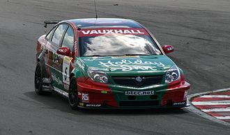 Fabrizio Giovanardi - Giovanardi driving the VX Racing-run Vauxhall Vectra during the Snetterton round of the 2007 BTCC season.