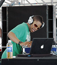Felix da Housecat (Baltimore 2007).jpg
