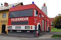 Feuerwehrhaus in Bairisch Kölldorf (Styria).jpg