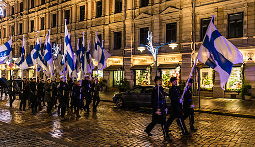 Student's torch cavalcade on Independence day 2015 Finnish Independence day 2015 01.JPG