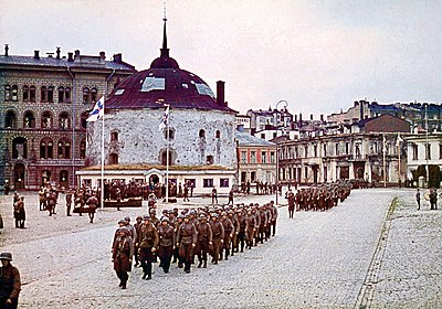Finnish military parade Vyborg.jpg