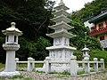 Five storied pagoda-Golgulsa-Gyeongju-Korea-02.jpg