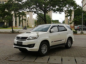 Toyota Fortuner - Wikipedia, the free encyclopedia