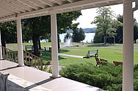 Fountain Point porch 2 2010.JPG