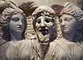 Fragment de sarcophage, Muses et Masque de Tragédie.jpg