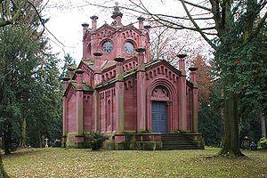 Frankfurter Hauptfriedhof, Gewann F 1, Mausoleum Reichenbach-Lessonitz - 01.jpg