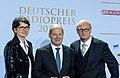 Frauke Gerlach, Olaf Scholz, Joachim Knuth - Deutscher Radiopreis 2016 04.jpg