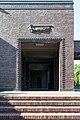 Friedhof Ohlsdorf (Hamburg-Ohlsdorf).Neues Krematorium.Bauschmuck.Kuöhl.Schwebender Engel mit betend erhobenen Händen.1.29622.ajb.jpg
