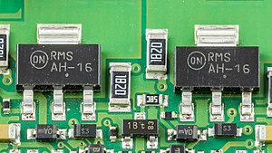 ON Semiconductor - 2 PNP Silicon Epitaxial Transistors AH-16