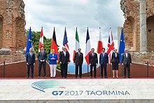 Paolo Gentiloni con i leader del G7 del 2017 a Taormina, Sicilia