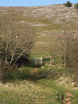 Gate onto Crook Peak - geograph.org.uk - 1219442