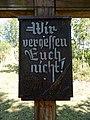 Gedenkkreuz Windhausen 1954 Inschrift.jpg