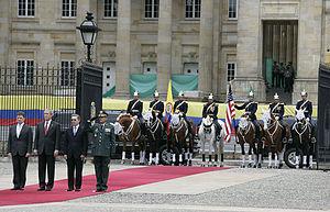George Bush%2C Alvaro Uribe Velez and Juan Manuel Santos