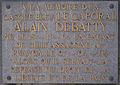 Gilly (Charleroi) - place Saint-Pierre - Monument aux morts - plaque caporal Alain Debatty.jpg