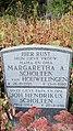 Grafsteeen jh scholten en zijn vrouw margaretha scholten van houwelingen-1549009608.jpg