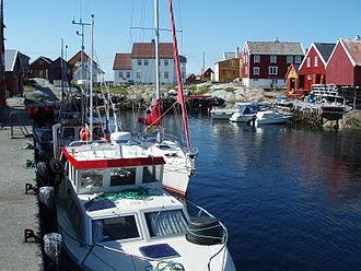 Grip, Norway - Image: Grip Harbour Kristiansund Norway