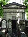 Grob Szlomo Zelmana Lipszyca zewnatrz-Grave of Szlomo Zelman Lipszyc outside.JPG