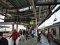 Hachiōji Station platform - panoramio.jpg