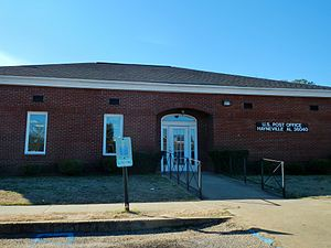 Hayneville, Alabama - Image: Hayneville, Alabama Post Office 36040