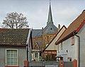 Heddernheim, Blick auf kathol. Kirche.jpg
