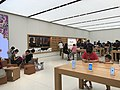 Hk 觀塘 Kwun Tong aPM shop Apple Store interior August 2017 iPhone 04.jpg