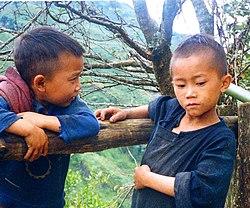 Enfants hmongs à Sa Pa (Viêt-Nam), 1993