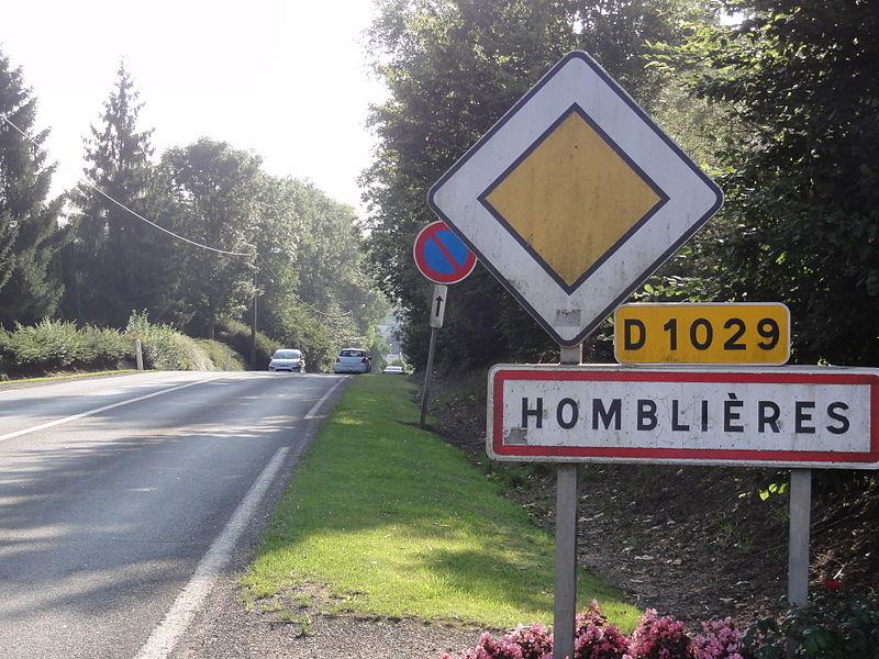Homblières (Aisne) city limit sign