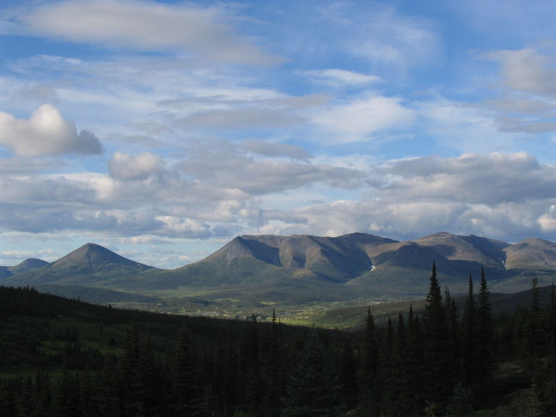 File:Howard's Pass Yukon Territory 1.jpg