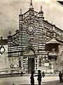Il duomo di Prato ad inizio del '900 facciata principale.jpg