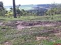 Início da Subida da Serra de Itaqueri - Rodovia Ulysses Guimarães e ao fundo a Represa do Broa - panoramio.jpg