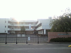 Ina-Higashi Junior High School.jpg