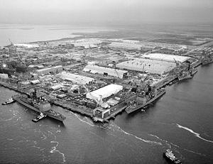 Ingalls Shipbuilding - Image: Ingalls Shipbuilding 1985