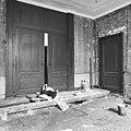 Interieur achterkamer met tussendeuren - Delft - 20052478 - RCE.jpg