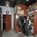 Interieur hal bij winkel - Feerwerd - 20369385 - RCE.jpg