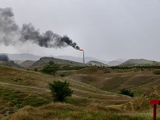 Ahvaz - Image of a flare stack in Ahvaz