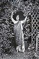Isadora Duncan à Bellevue (8601355434).jpg