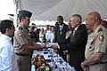 Ivan Gomez recibiendo la bandera del Ejercito de La República Dominicana.JPG