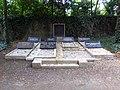 Jüdischer Friedhof Köln-Bocklemünd - Grabstätte Familie Leonhard Tietz (2).jpg