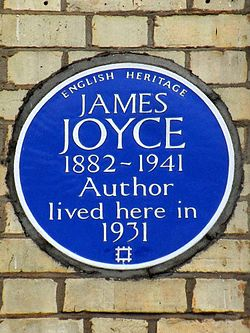 Photo of James Joyce blue plaque