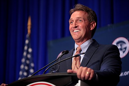Jeff Flake speaking at the National Federation for Republican Women event in Phoenix, Arizona Jeff Flake (21188573650).jpg