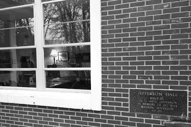 File:Jefferson Hall-2.jpg