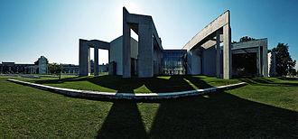 Zvi Hecker - Jewish Community Center in Duisburg, Germany