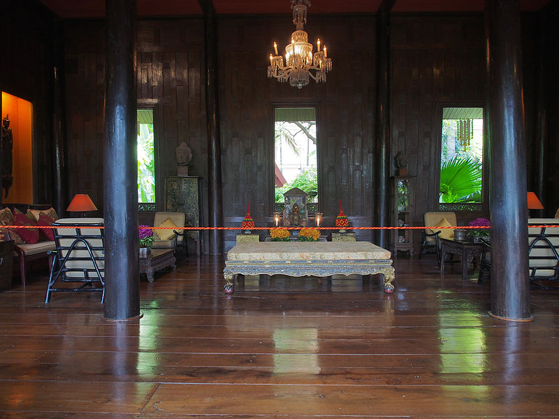 File:Jim Thompson House Bangkok, Tahiland (15064961961).jpg
