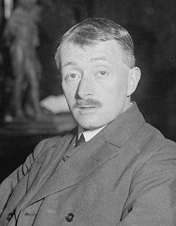 John edward masefield in 1916